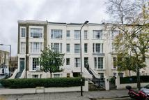 2 bed Detached property in Cliff Court, Cliff Road...