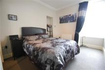 2 bedroom Apartment in Camnethan Street...