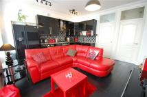 2 bed Apartment to rent in Camnethan Street...