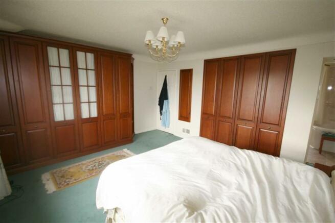 Principal Front Bedroom