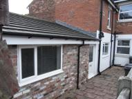 Flat to rent in Stanley Street, Leyland...