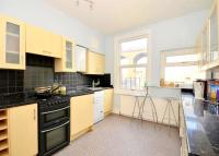 Maisonette to rent in Ditchling Rise, BN1