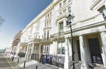 3 bedroom Flat to rent in Palmeira Square, Hove...
