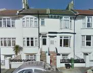 Flat in Livingstone Road, Hove...