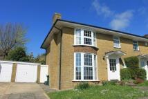 3 bedroom semi detached house to rent in SURRENDEN PARK, Brighton...