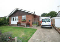 2 bedroom Detached Bungalow in FURNERS MEAD, Henfield...