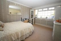 Link Detached House for sale in Crofton Way, Enfield