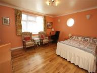 Studio apartment in Morton Way, London...