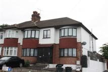 3 bed Flat in Wilton Road, Cockfosters