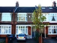 Flat in Oakfield Road, Southgate