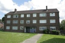 Flat to rent in Langford Road...