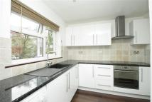 Flat to rent in Redwood Close, Southgate