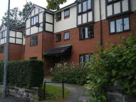 2 bed Ground Flat to rent in Hillcrest, Salford, M6