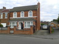 Detached home to rent in Cheney Manor Road...
