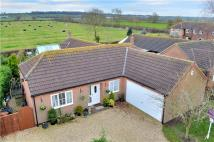 4 bedroom Bungalow for sale in Green Lane, Harby...