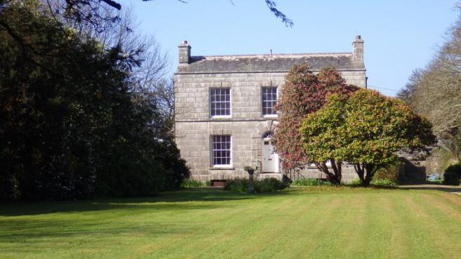 6 Bedroom Country House For Sale In Superb Elegant