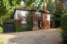6 bed Detached property in Wallington