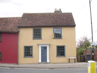 3 bed semi detached property to rent in Ballingdon Street...