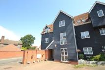 Town House in Manor Farm Close ...