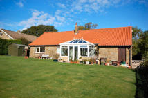 4 bed Detached Bungalow for sale in Goathland, YO22
