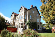 5 bedroom semi detached home in CARR HILL LANE...