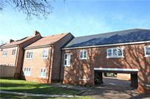 Flat in Crownwood Gate, Farnham...