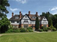 2 bed Flat in The Grange, Frensham...