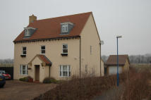 5 bedroom Detached property to rent in New Hall Lane...
