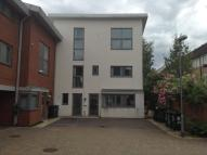 3 bedroom Town House to rent in Broad Street...