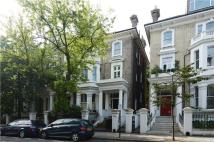 3 bed Flat for sale in Redcliffe Gardens...