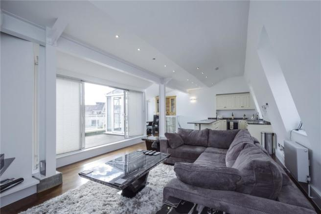 2 bedroom apartment for sale in carlyle court chelsea for Chelsea apartments for sale