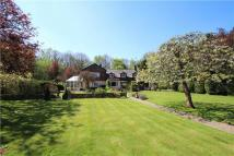 5 bed Detached house in Fisher Lane...