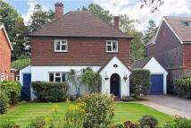 3 bed Detached property in Braemar Close, Godalming...