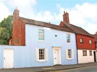 4 bed Detached home in Petworth Road, Haslemere...