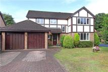 4 bedroom Detached house for sale in Azalea Avenue, Lindford...