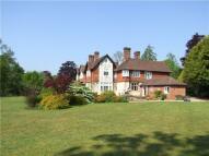 6 bedroom home for sale in Petersfield Road...