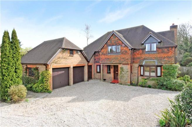 4 Bedroom Detached House For Sale In Portsmouth Road Liphook