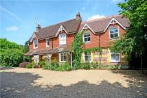 6 bedroom Detached house in London Road, Rake, Liss...