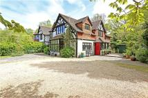 5 bedroom semi detached property in Passfield, Liphook...