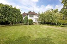 3 bed Detached house for sale in Lower Cookham Road...