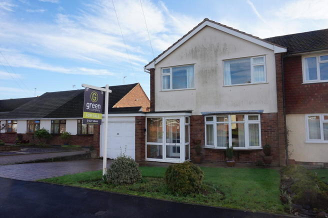3 bedroom semi detached house for sale in manston view tamworth b79