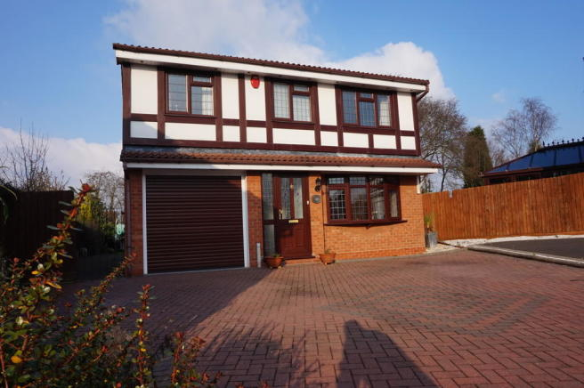 4 bedroom detached house for sale in sudeley tamworth b77