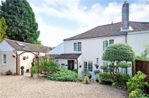 semi detached house in Eastcott Common...