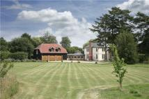 5 bedroom Detached property in Collingbourne Road...