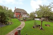 2 bedroom Detached house in Ogbourne St. George...