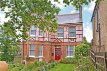 7 bed Detached house in Hengrave Road, London...