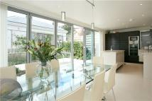 5 bedroom Detached property for sale in Canonbie Road, London...