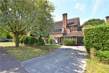 4 bed Detached property in Frank Dixon Way, London...
