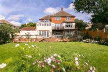 5 bed Detached house in Spurgeon Avenue, London...