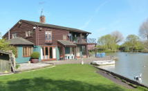 4 bed Detached home for sale in Aylesbury BUCKINGHAMSHIRE